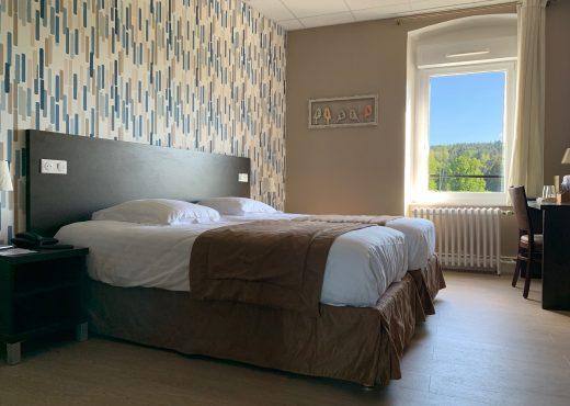 Chambre d'hotel en haute loire, avec vue